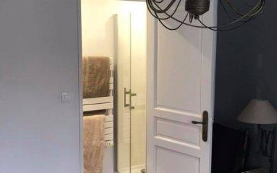 AVANT / APRES – SALLE D'EAU – Aménagement dans une suite parentale